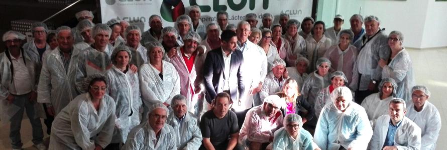 Socios de COVAP conocen el sector de vacuno de leche en Galicia